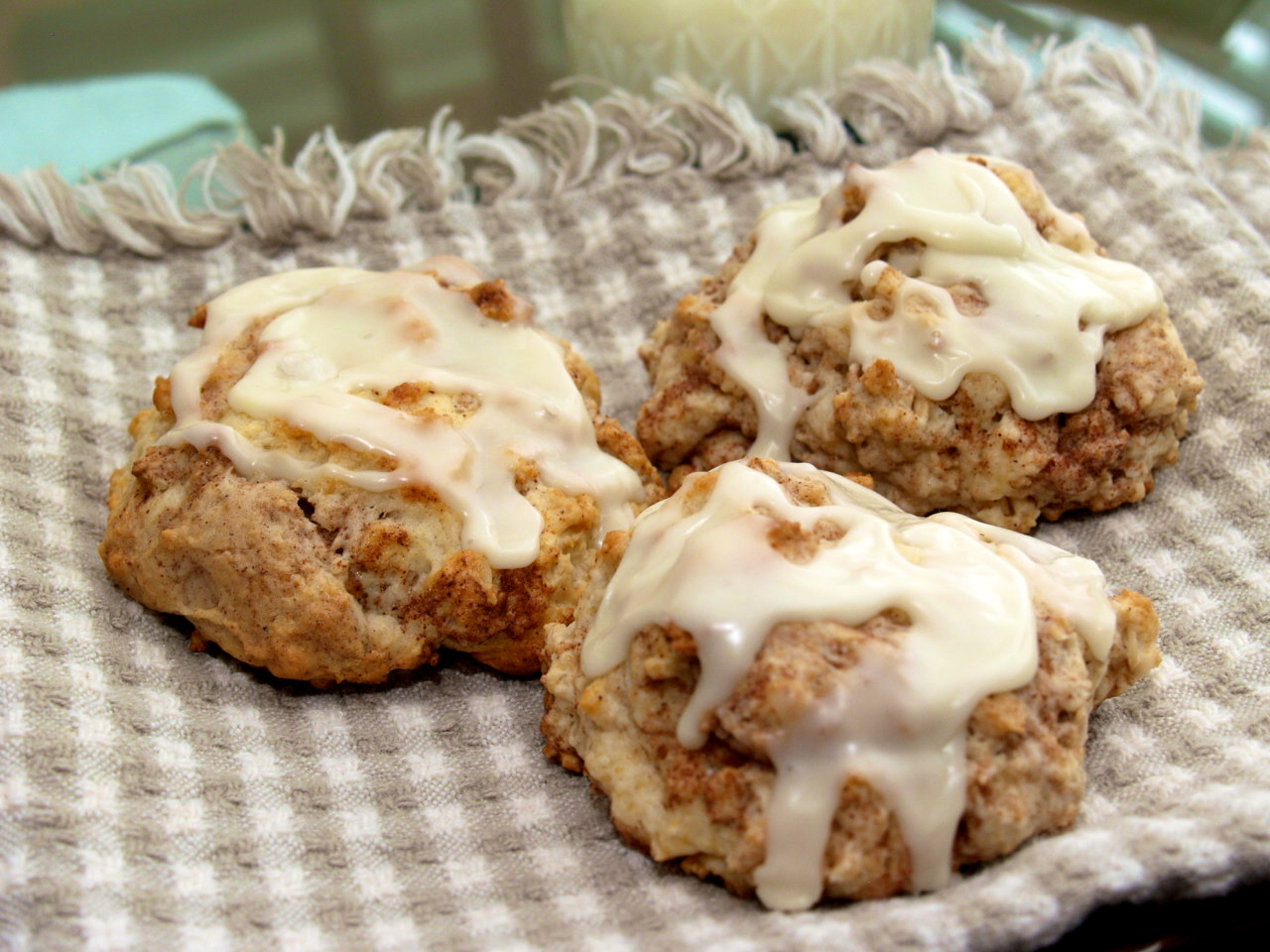 Cinnamon Bun Scones | Out of Our Minds to Yours